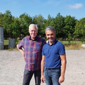 Dieter Schultz und Ulli Jensen bei der Erstbegehung des Grundstücks, August 2018